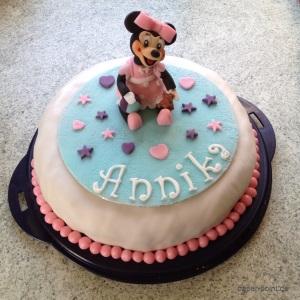 Taufe Torte Minnie Maus